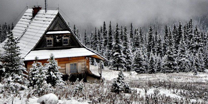 Parasztház télen